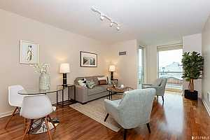 MLS # 479971 : 555 4TH STREET UNIT 525