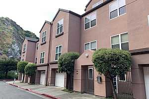 MLS # 484670 : 350 STONERIDGE LANE UNIT 4103