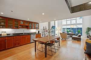 More Details about MLS # 498105 : 1011 23RD STREET #3