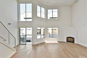 More Details about MLS # 506206 : 695 5TH STREET #18