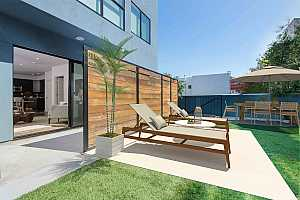 More Details about MLS # 508936 : 252 9TH STREET #202