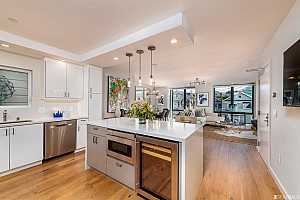 More Details about MLS # 486075 : 3032 CLEMENT STREET #202