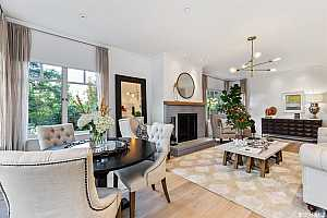 More Details about MLS # 489208 : 1150 LOMBARD STREET #27