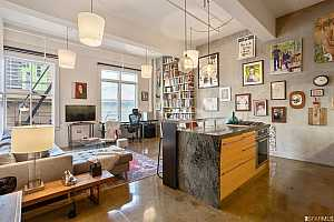 MLS # 512968 : 2 MINT PLAZA #408