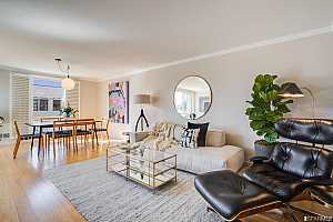 More Details about MLS # 421528030 : 1734 BAY STREET #201