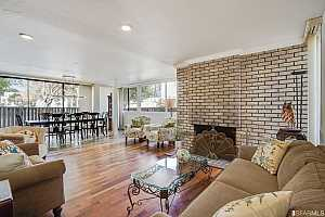MLS # 421531375 : 45 CLEARY COURT #4