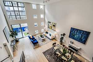 More Details about MLS # 421543581 : 190 7TH STREET #5