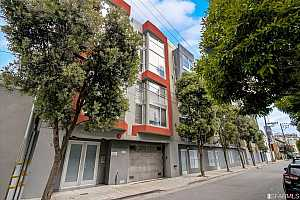 More Details about MLS # 421571919 : 250 CLARA STREET #7
