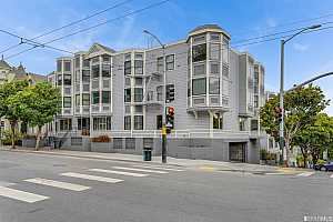 More Details about MLS # 421591858 : 1 BAKER STREET #2A
