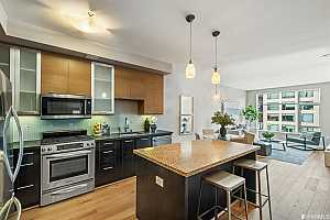 More Details about MLS # 421582607 : 170 KING STREET #930
