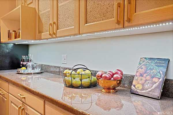 Photo #7 Custom concrete counters with LED undercabinet lighting