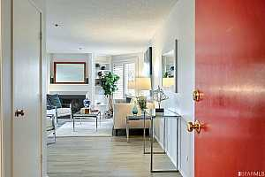Browse active condo listings in LAKE SHORE