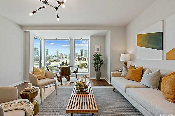 Photo #3 Large open living/ dining area with floor to ceiling windows with San Francisco City and Twin Peaks views, gorgeous new walnut wide plank floors and walk-out balcony