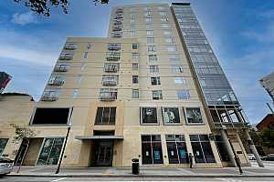 Browse active condo listings in WESTERN ADDITION