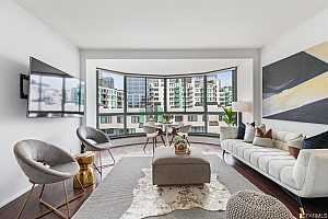 Browse active condo listings in MUSEUM PARC