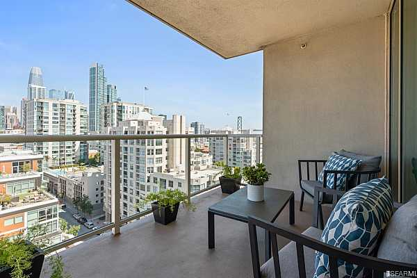 Photo #8 Spectacular Downtown and bay views from the living area and both bedrooms