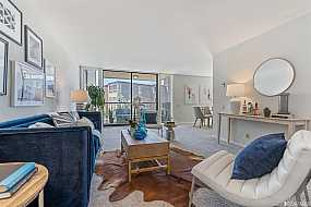 Browse Active DIAMOND HEIGHTS Condos For Sale