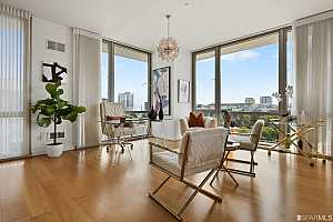 Browse active condo listings in 255 BERRY STREET