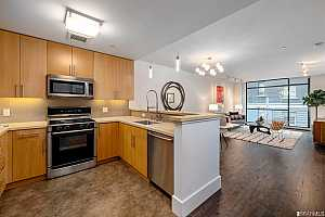 Browse active condo listings in THE ARTANI