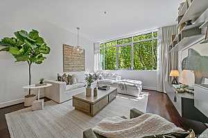 Browse active condo listings in 733 FRONT STREET
