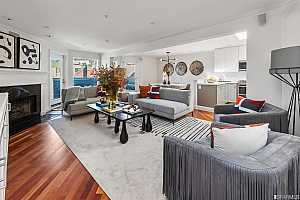 Browse active condo listings in 379 CHURCH STREET
